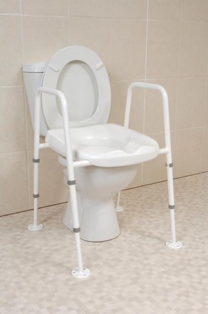 Mowbray Toilet Seat And Frame Extra Wide